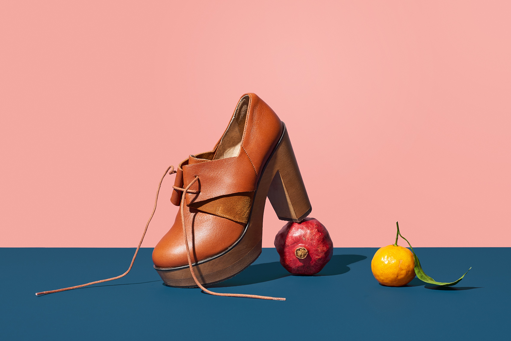 leather Cubanas Shoes with pomegranate and lemon
